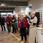 Eva-Brita berättar om utställningen